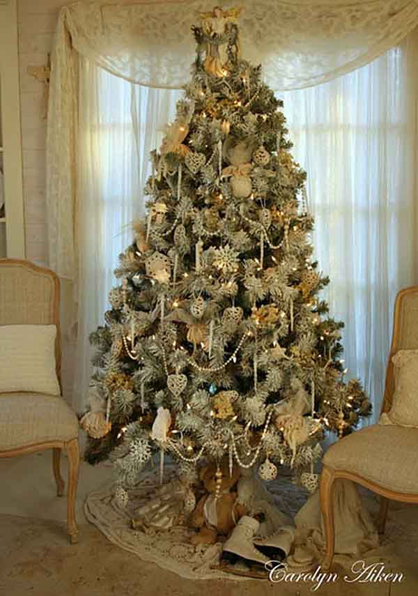 poinsettia christmas tree decor ideas