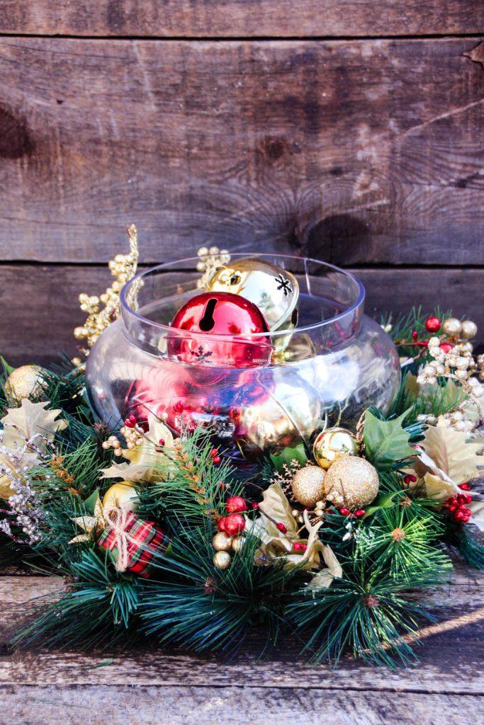 Inexpensive Christmas Table Centerpiece Ideas