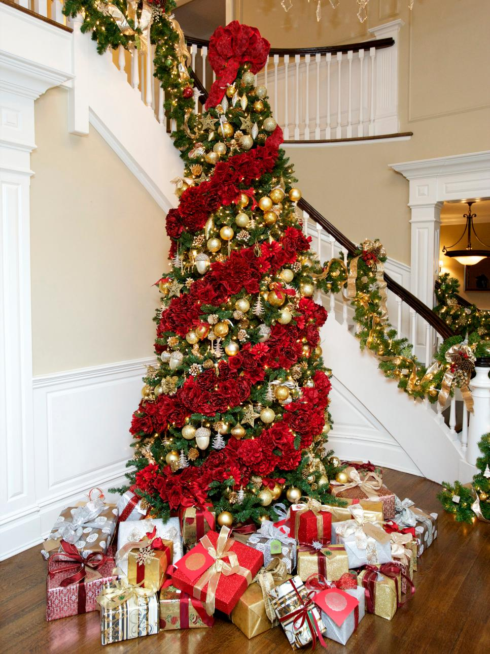 Simple Christmas Tree Decorating Ideas   Christmas Tree christmas tree decorating ideas pinterest