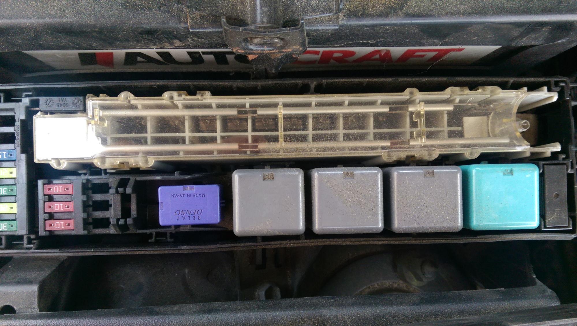 Lexus Rx330 Fuse Box Location Diagram
