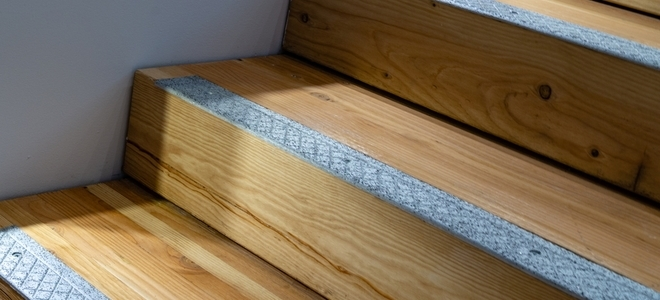 How To Install Non Slip Stair Treads Doityourself Com | Installing Hardwood Stair Treads | Stair Stringers | Prefinished Stair Nosing | Staircase Makeover | Laminate | Hardwood Flooring