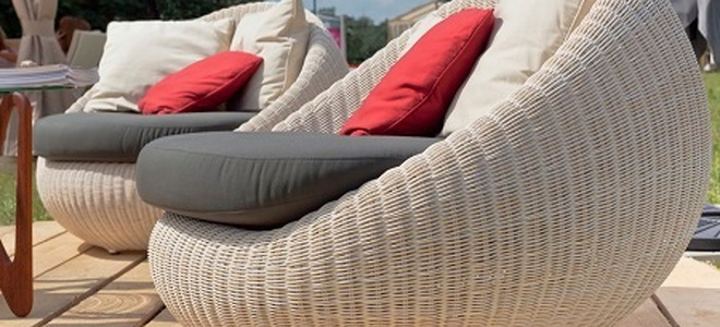 How to Weatherproof Your Wicker Patio Furniture   DoItYourself com How to Weatherproof Your Wicker Patio Furniture How to Weatherproof Your  Wicker Patio Furniture