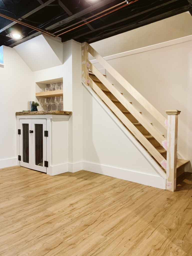 How To Build A Modern Horizontal Railing Clark Aldine | Modern Wood Staircase Railing | Residential | Interior | Floor To Ceiling | Ultra Modern | Traditional Wood Stair
