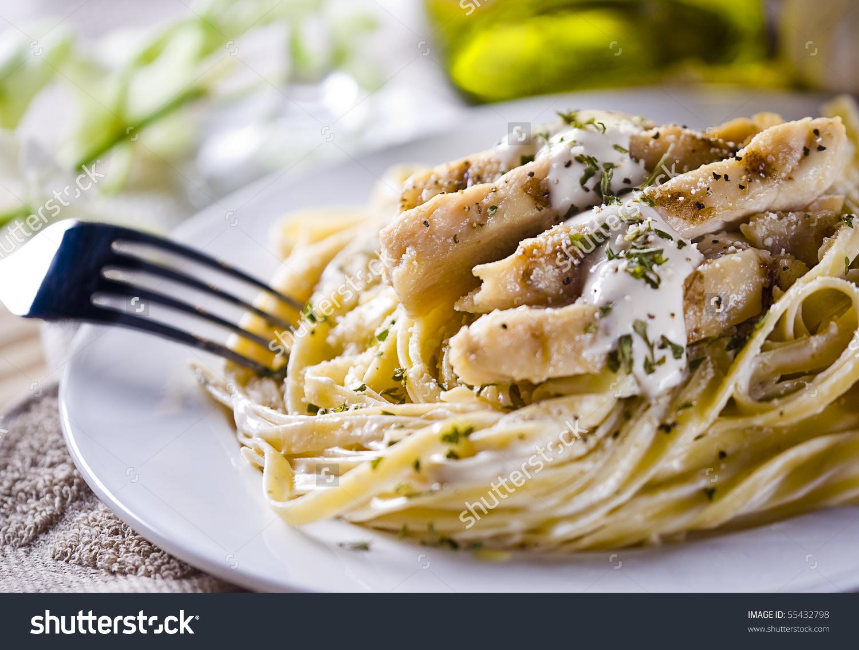 Alfredo Chicken Grilled Fettuccine