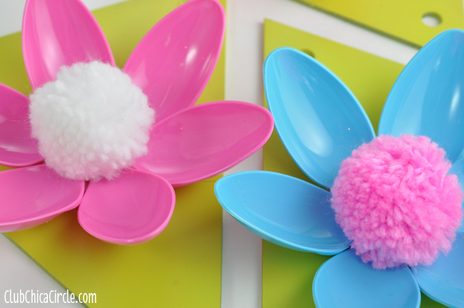 Easy Spring Flower Plastic Spoon Garland Craft Idea and Tutorial Easy Spring Flower Garland  clubchicacircle