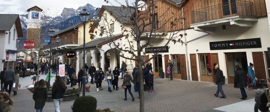 Shopping   Resort Walensee   Switzerland Landquart Fashion Outlet
