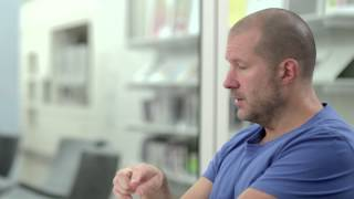 Photo of (RED): The Very Best of Design and Innovation com Jony Ive