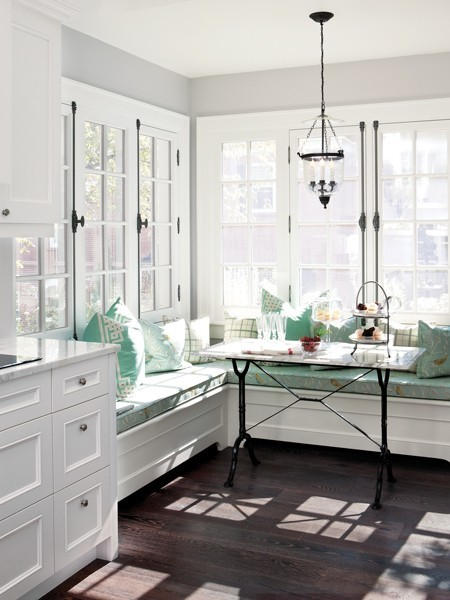 Breakfast Nook Look Built In Banquette Seating Cococozy