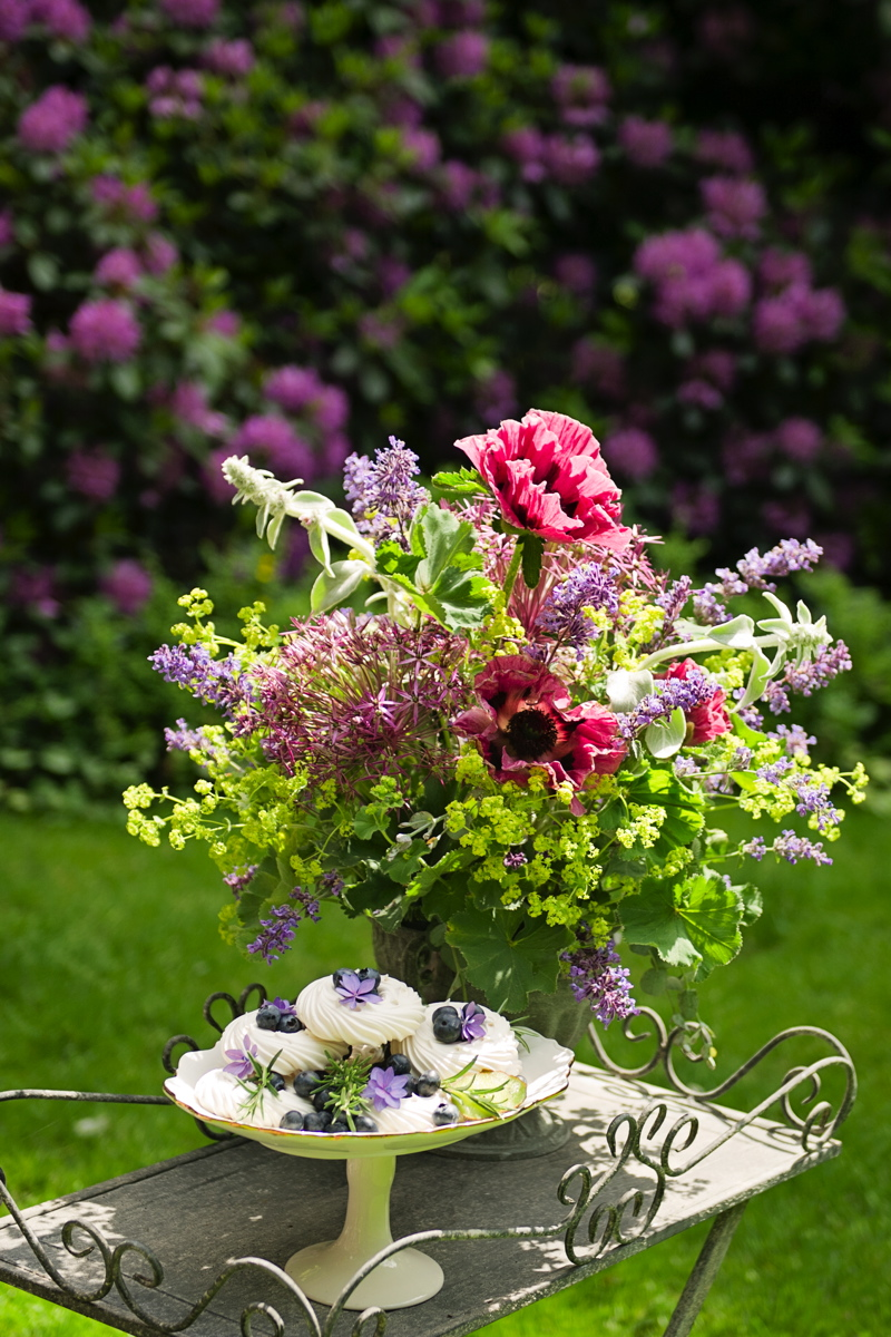 June Wedding Flowers At Swanton Morley House Amp Gardens