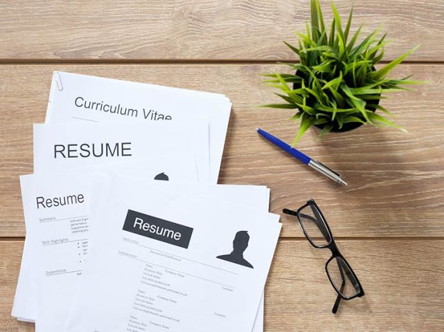 Resume Format Advice  What A Resume Should Look Like   Monster com How your resume should look so that you look good