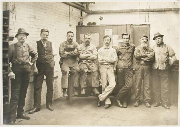 Workers Italian Railroad 1910 California