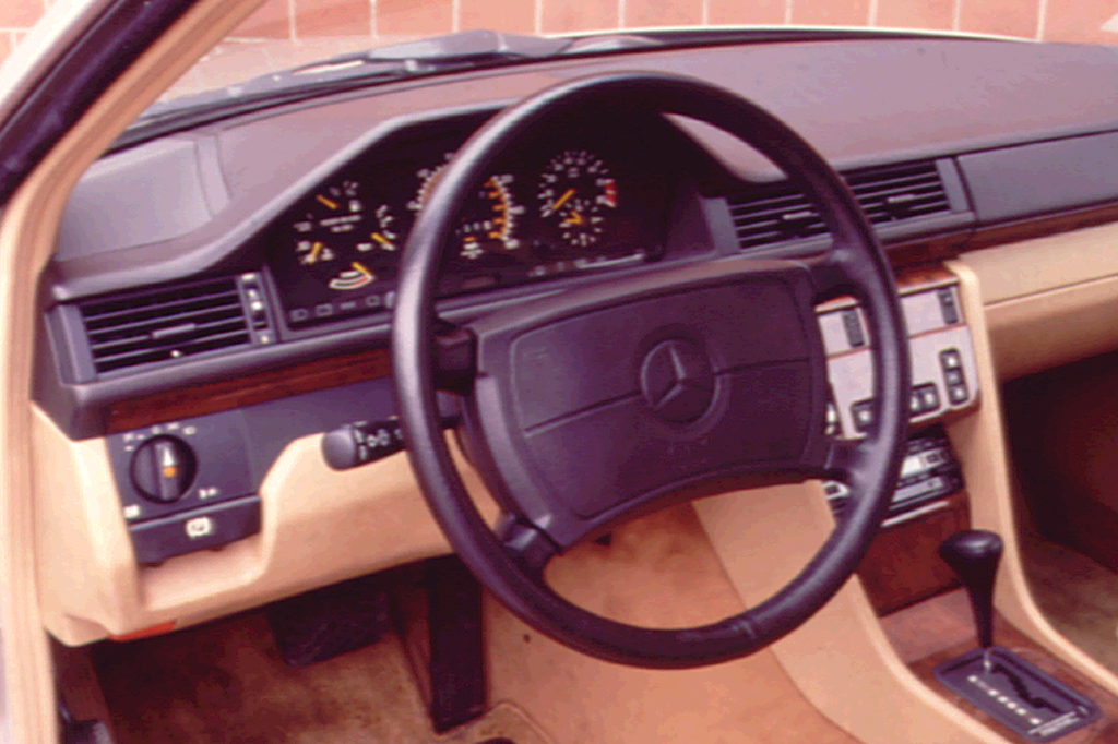 Wheel Drive 4 Station Mercedes Wagon