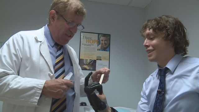 Man attacked by chimps gets bionic hand | KSDK.com