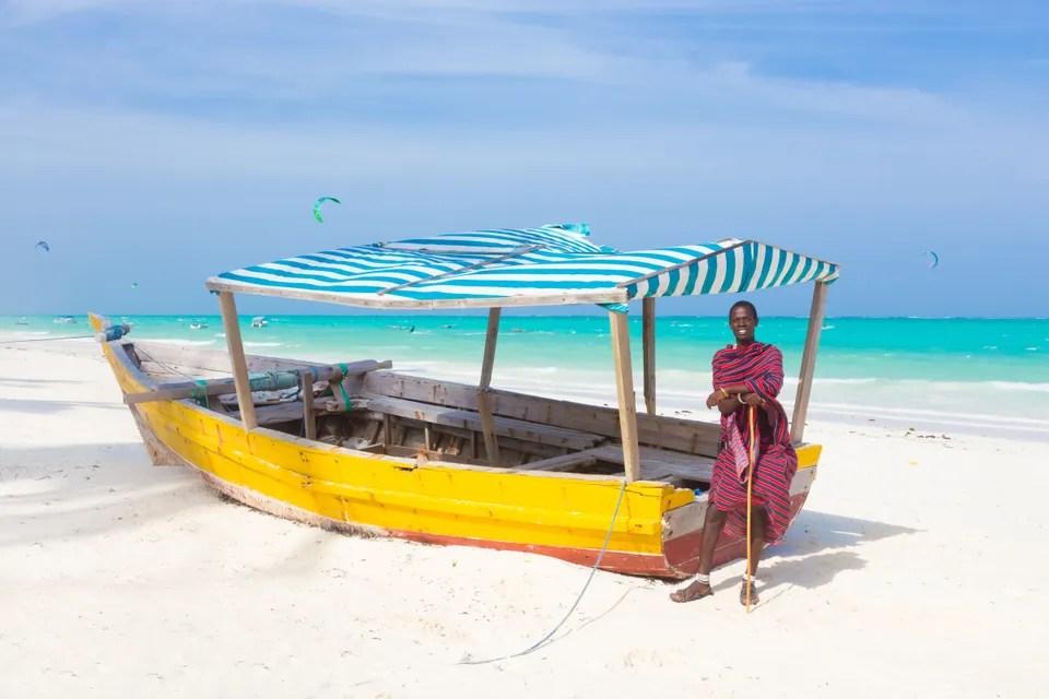 ที่ไหนในแอฟริกาที่คุณสามารถว่ายน้ำและผ่อนคลายบนชายหาดได้ที่ไหน? เกาะ Zanzibar, แทนซาเนีย