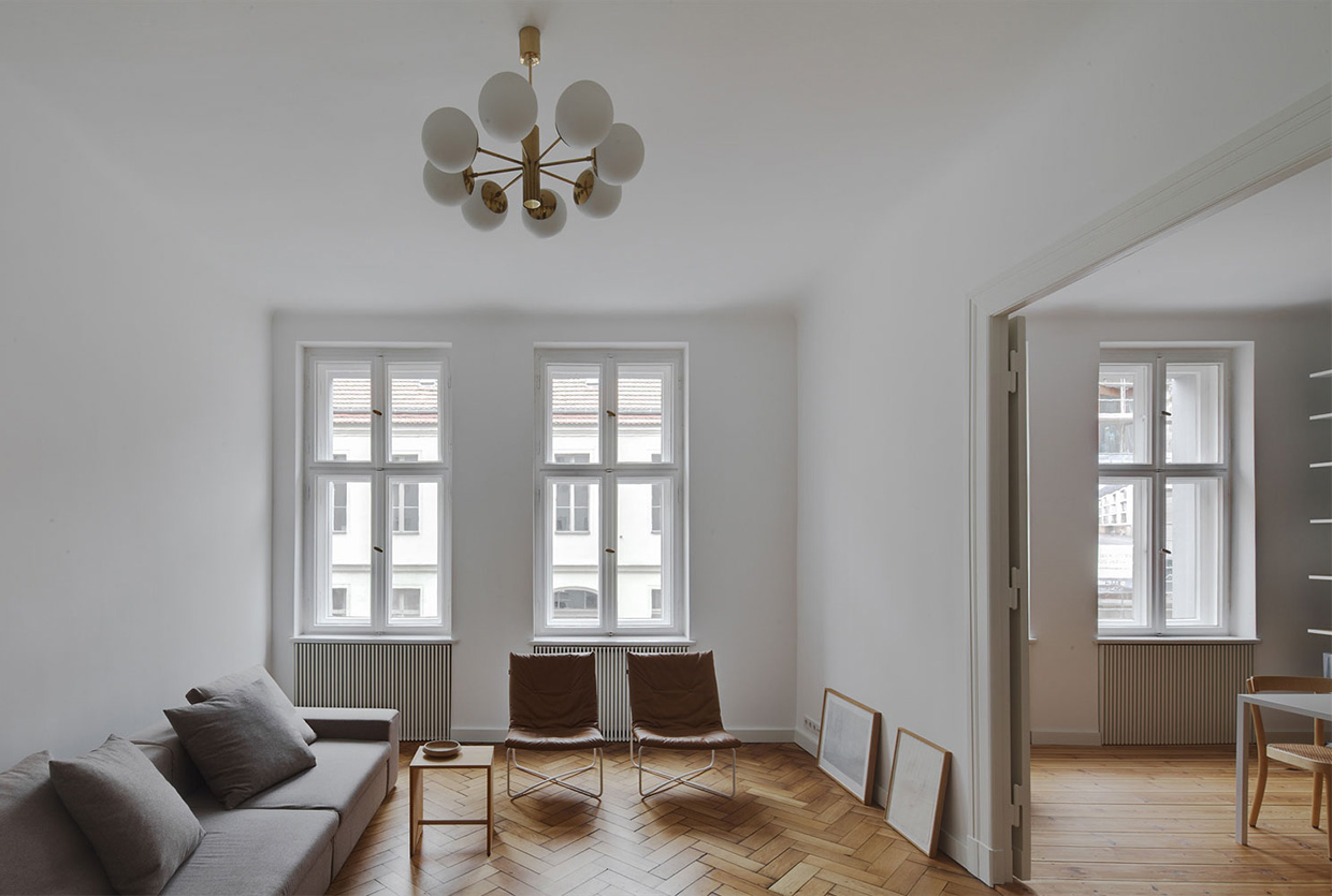 Das Beste Berlin Mite Apartment Refurbishment By Atheorem In Diesem Monat