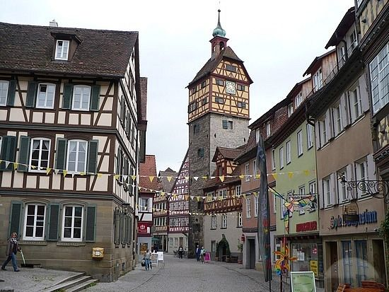 Das Beste Schwäbisch Hall Germany I Lived Next To That Clock Tower In Diesem Monat