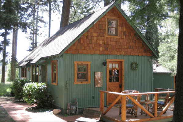 This 1920s Forest Service Cabin Is Now A Cozy Retreat For