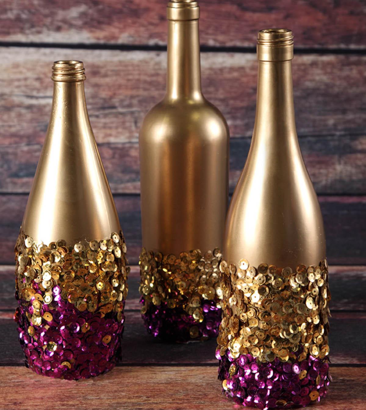 Cat Golden dan Sequins dalam Hiasan Botol