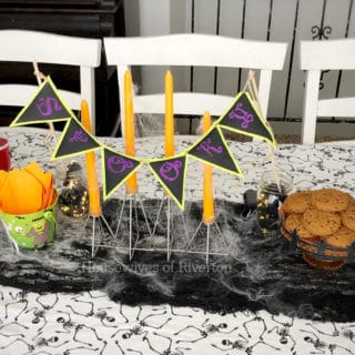Easy Halloween Table Decor with Cricut