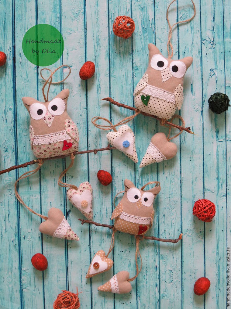 We sew a naughty owl on a branch, photo number 44