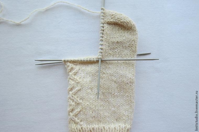 Вяжем шерстяные носки на 5 спицах, фото № 9