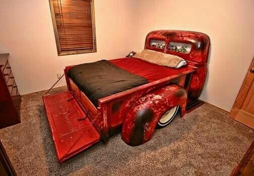 car with truck bed - 736×511