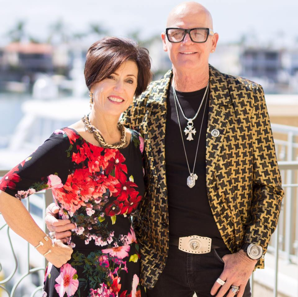 Katy Perry's parents make a plea to singer's bashers: 'Don't judge her, pray for her ...