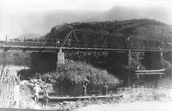 A ponte que quase afundou. cfoto007b