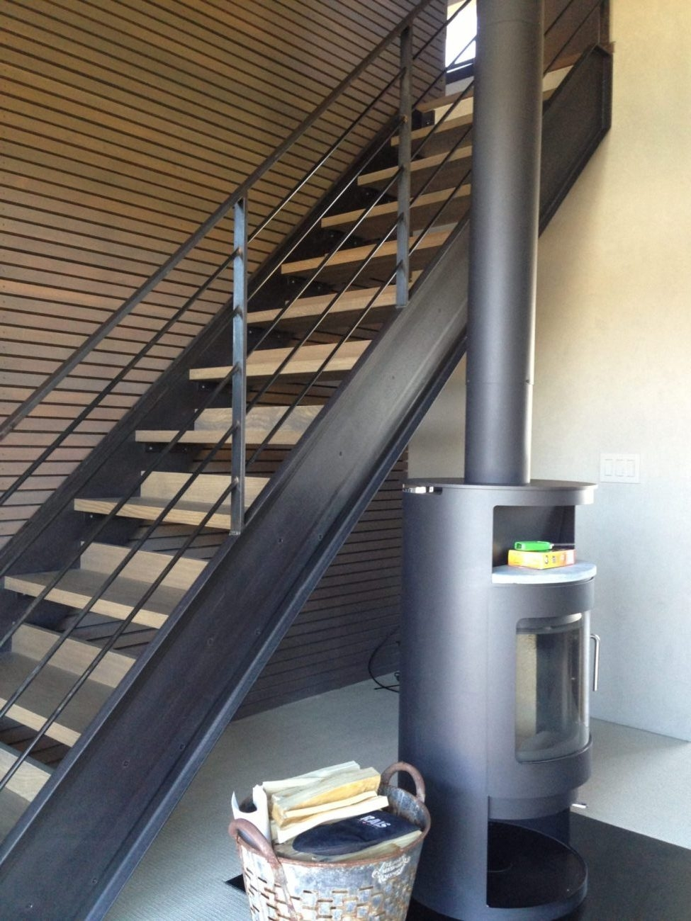 Stairs And Railing – Custom Ii Manufacturing | Black Pipe Stair Railing | Industrial Farmhouse | Iron Pipe | Banister | Diy | Wrought Iron