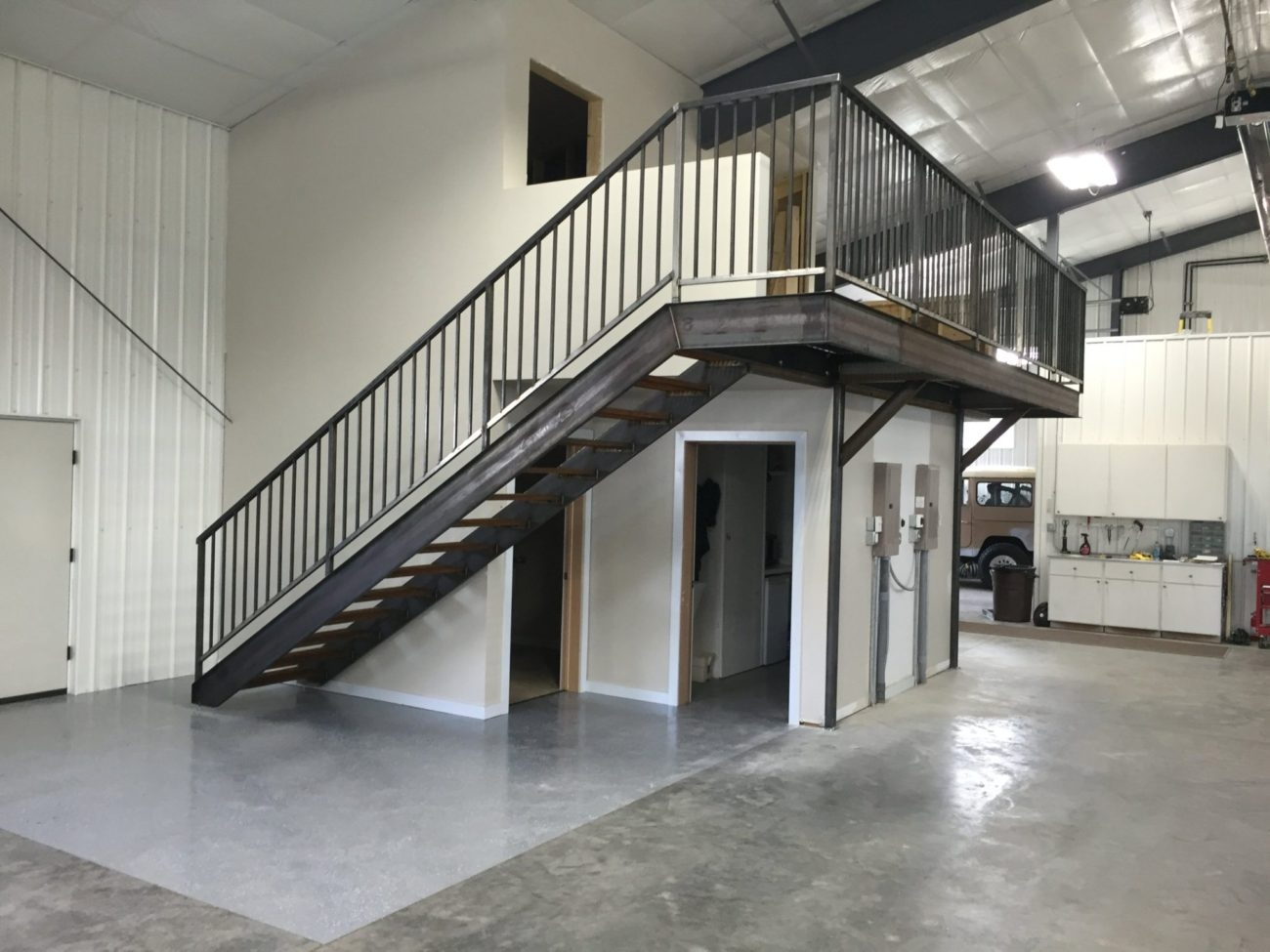 Stairs And Railing – Custom Ii Manufacturing | Steel Stair Stringer Design | Structural | Simple | Step | Free Standing | 3 4 Wood Stringer