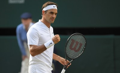 Roger Federer breezes into Wimbledon semis after beating ...