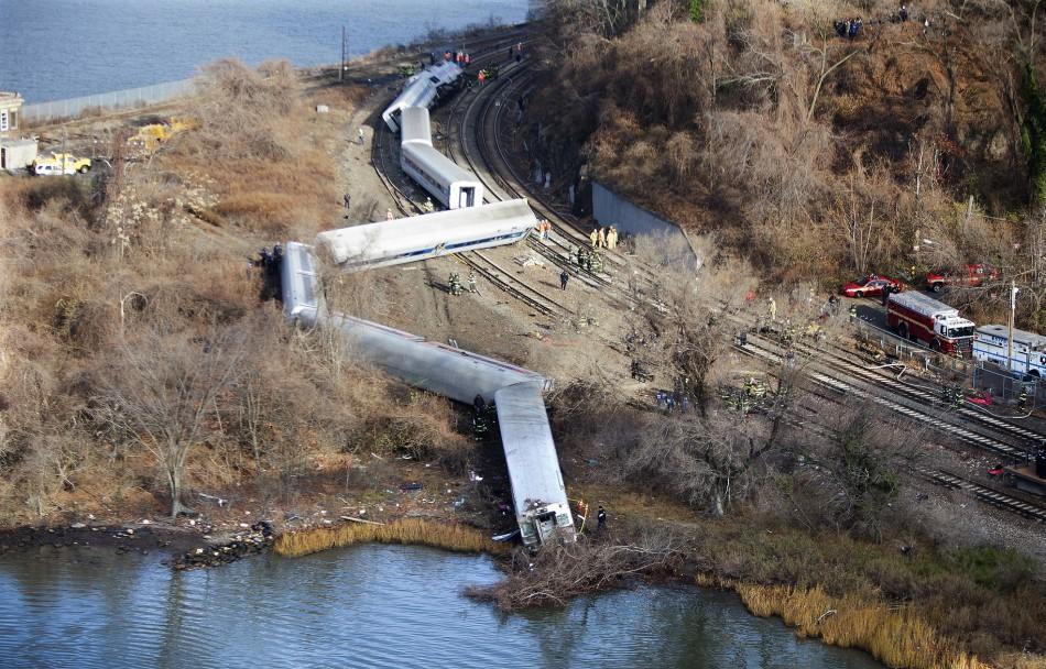 Derailment Metro Pictures North