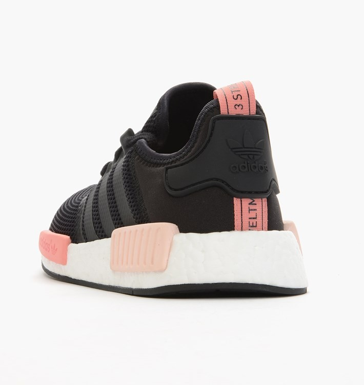 les hommes adidas techfit tee solide base gris / noir, adidas couleur saumon