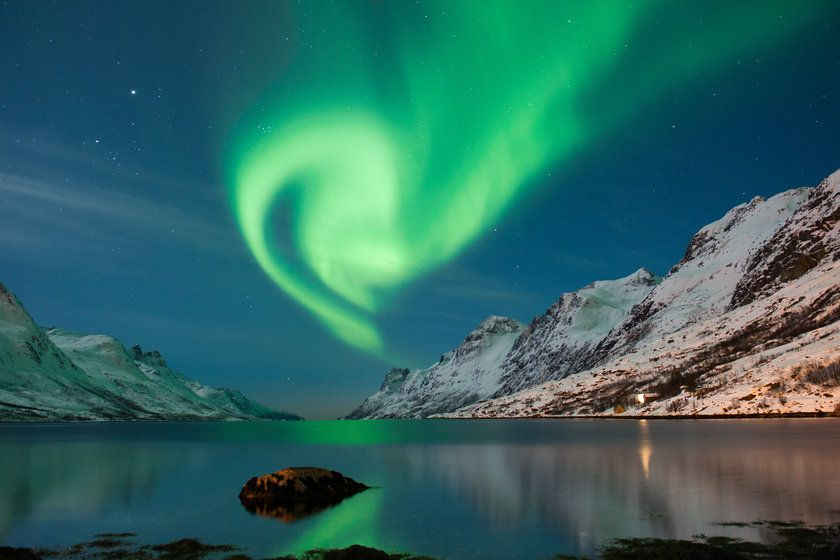 Best Northern Lights Holidays