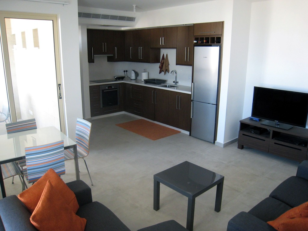 2 bedroom apartment for rent in Aradippou   Flat rent Larnaca 2 bedroom apartment for rent in Aradippou
