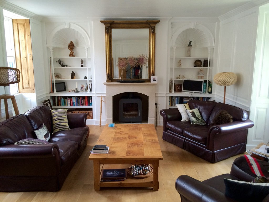 Large Beautiful Room In Georgian Home Easy Bus Ride Or