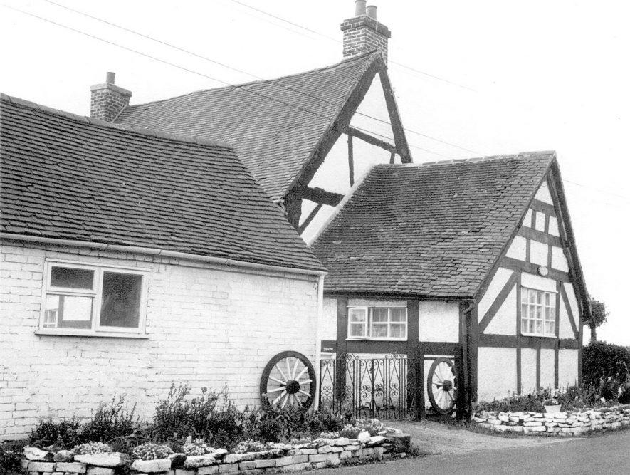 Lea Marston. Dunton Lane House adjoining Haunch Cottage ...