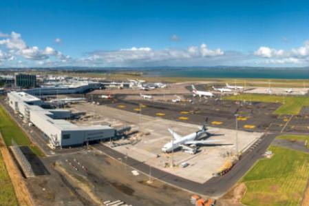 covid 19 auckland airport urges traveller preparedness as shops close travel retail business