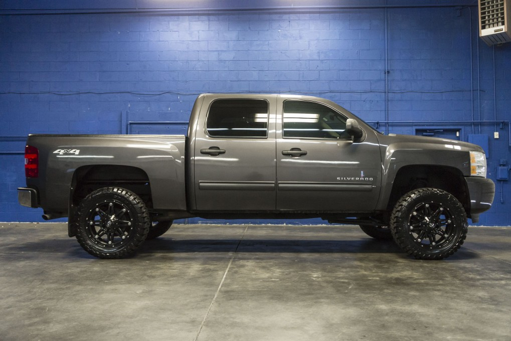 2010 Lifted Chevy Truck