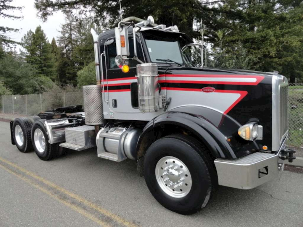 Used Peterbilt Day Cabs