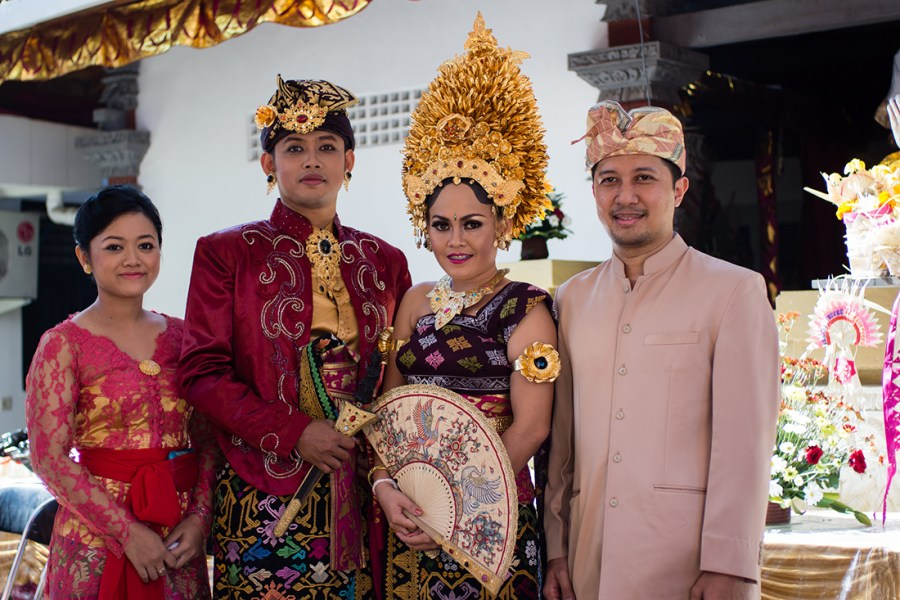 Weddings in Indonesia  A guide to customs and etiquette at     Photo  Julian Boulin  Flickr Commons