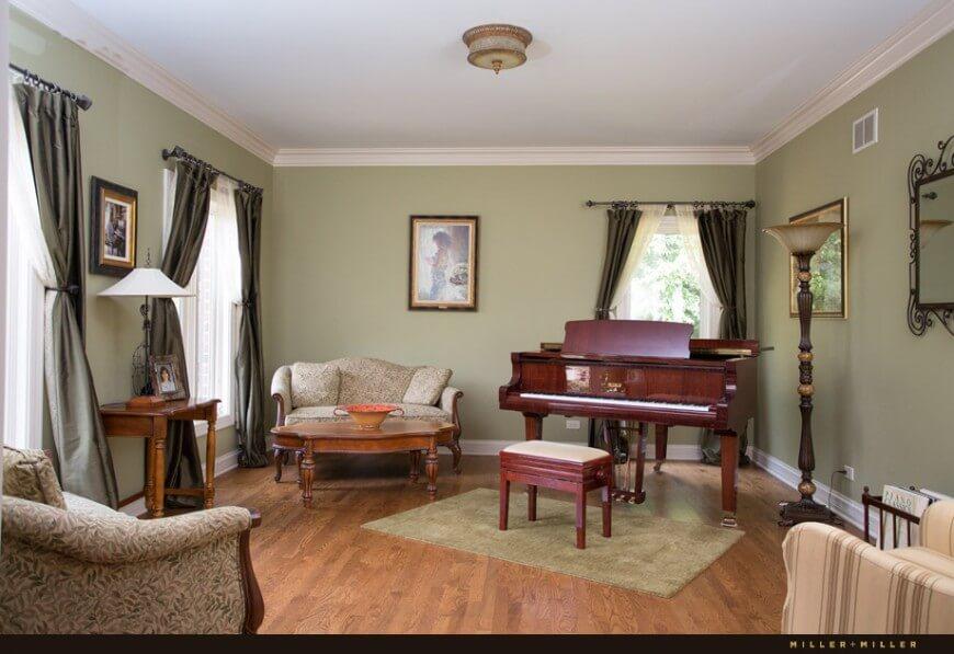 Master Doors Luxury Patio Bedroom