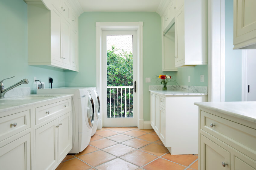 42 Big & Small Laundry Room Ideas & Designs (with Storage)