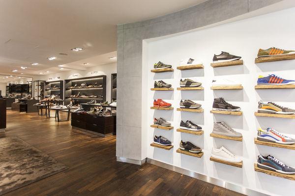 INTERSPORT Voswinkel, Sportswear & Sporting goods in Isernhagen