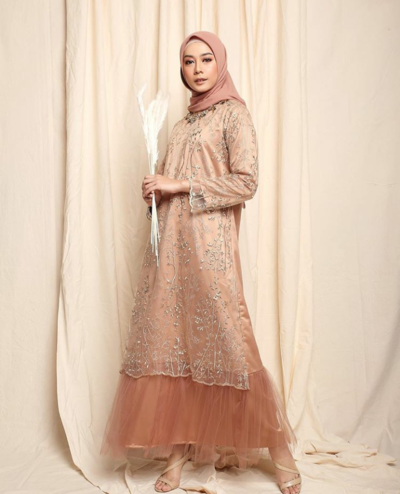 Model Baju Brokat Pesta Rok 28