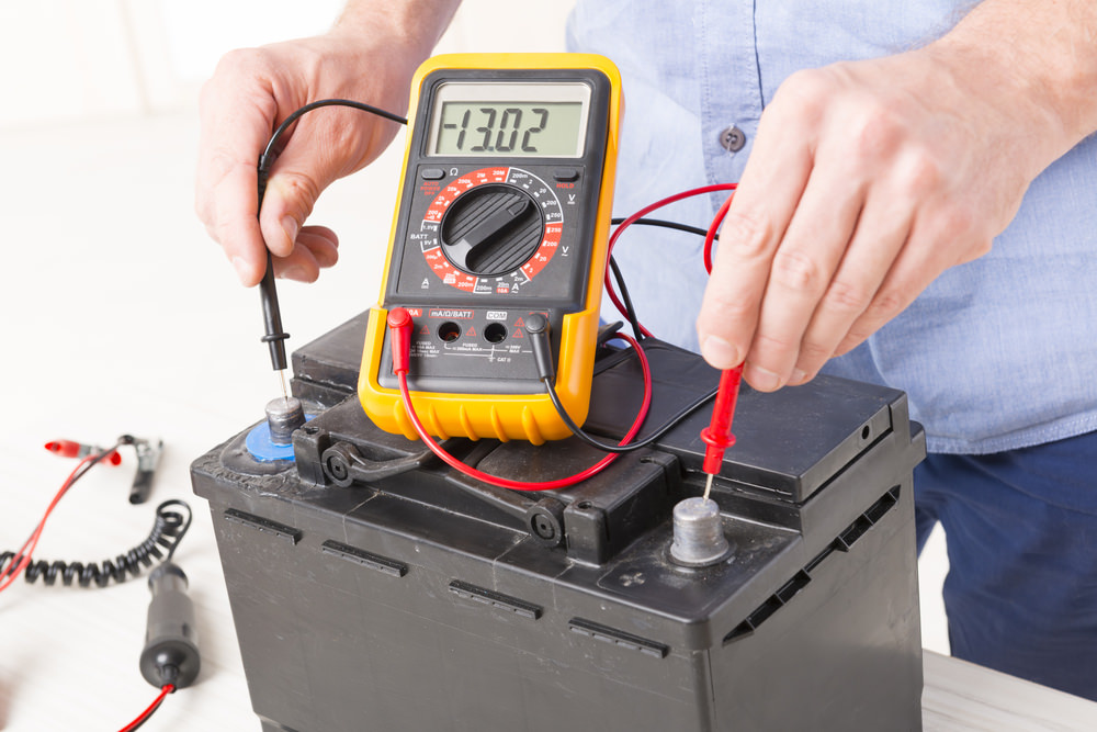 12 Volt Battery Testing Multimeter