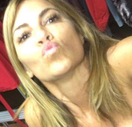 Laura Giaritta Vanilla Ice S Wife Dailyentertainmentnews Com