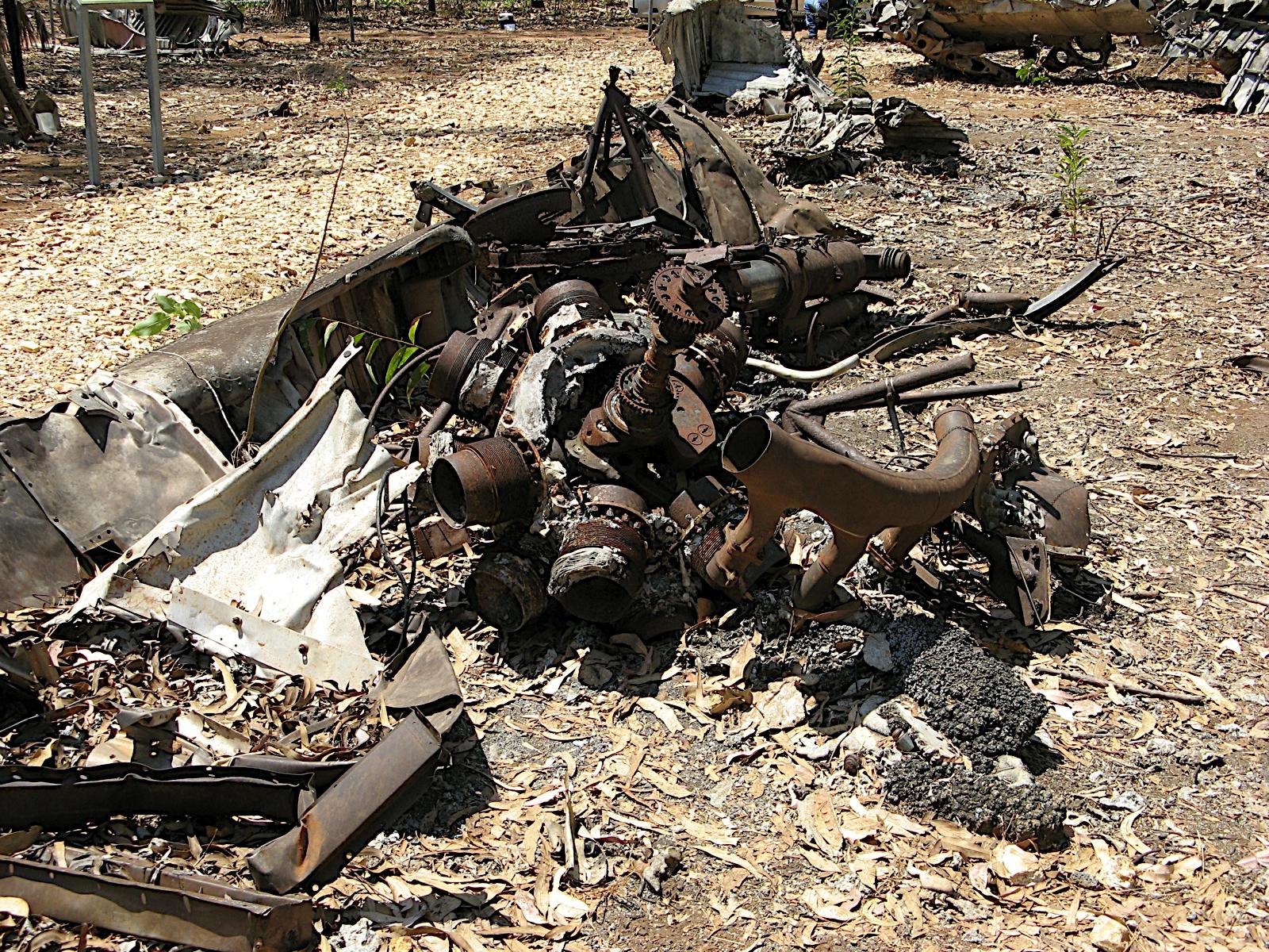 aaliyah plane crash footage - HD1600×1200