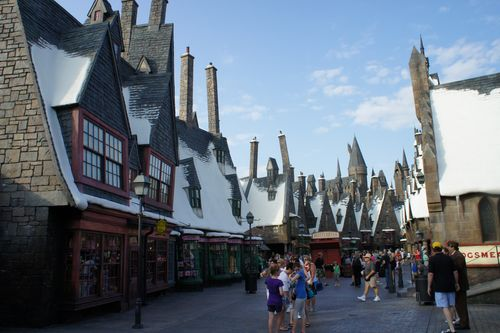 harry potter at hogsmeade village christmas collection