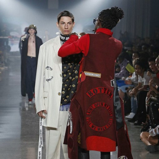Young Thug stops a model mid show at New York Fashion Week   Dazed Young Thug stops a model mid show at New York Fashion Week